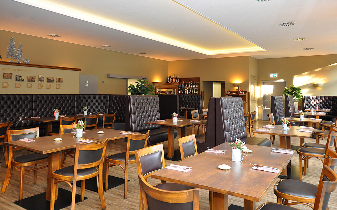 https://villa-weisse.de/wp-content/uploads/2016/03/restaurant3.jpg
