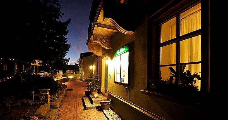 https://villa-weisse.de/wp-content/uploads/2016/05/hotel-villa-weisse-n02.jpg