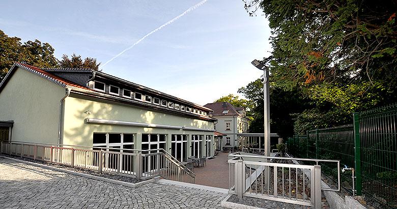 https://villa-weisse.de/wp-content/uploads/2016/05/hotel-villa-weisse-s3.jpg